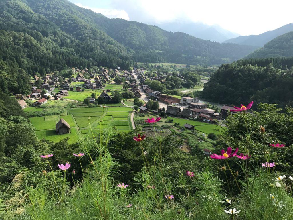 金沢 白川郷 (展望場所から撮影)